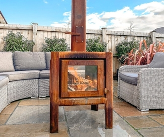Outdoor Stoves and Fireplaces