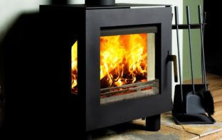 Westfire Uniq 23 Defra approved wood burning stove with side glass and 100mm legs