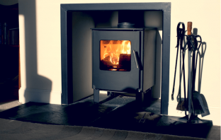 Small Stove With Fire Accessories