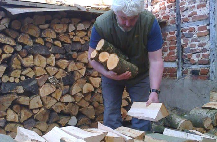 Vincent Thurkettle choosing firewood
