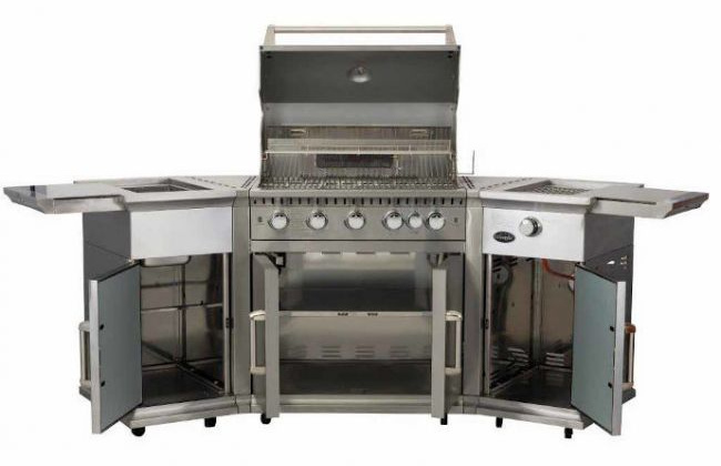 The Lifestyle Bahama Island barbecue is the 'do anything' barbecue which is absolutely packed with features